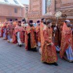 Во время крестного хода после Божественной Литургии