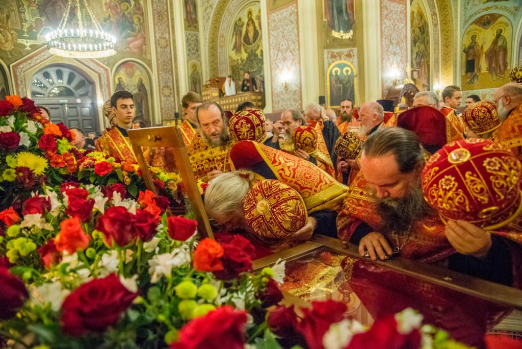 Во время торжественного всещного бдения в Екатерининском кафедральном соборе г. Краснодара
